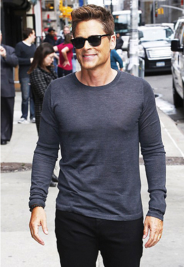 Rob Lowe wearing Oliver Peoples